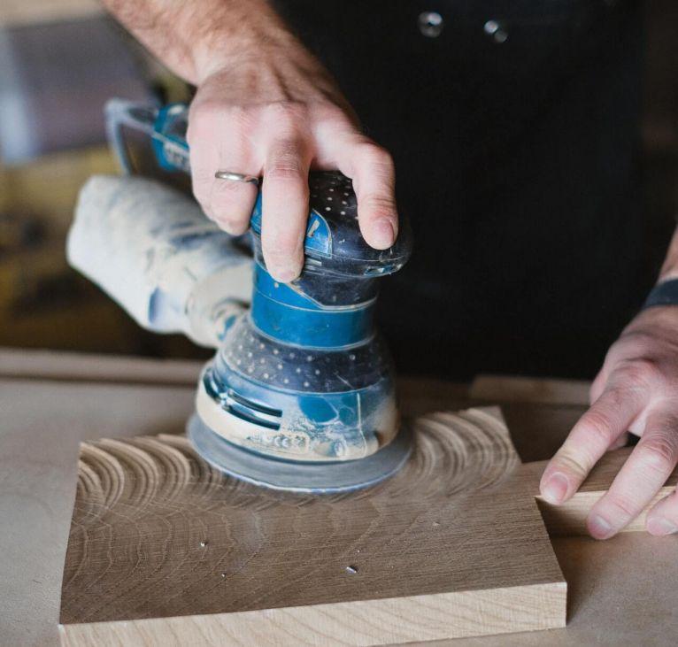 ripristino pavimenti in legno e levigatura